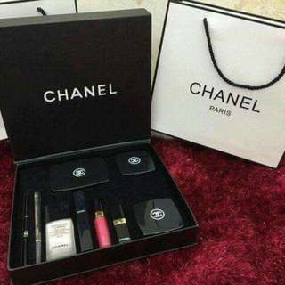 Chanel Make-up 9in1 Set