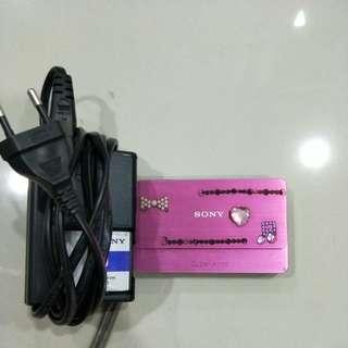 Sony cyber-shot dsc t700