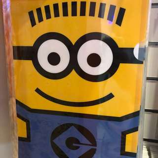 Minion A4 Plastic L-Shape Folder