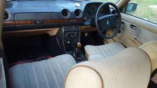 Mercedes Benz w123 200  [ 1985 ]