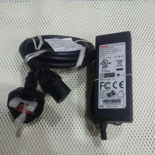 Power Adapter : 2WIRE Switching Power Supply