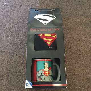 NEW Superman Mug & Socks Pack