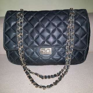 Pierre SaTong leather bag