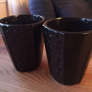 Black ceramic plant pots