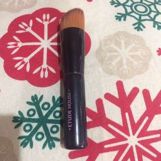 EtudeHouse Foundation Brush