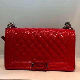 正品 95%新 Chanel Boy 25cm 紅色漆皮菱格銀鍊上膊斜咩袋