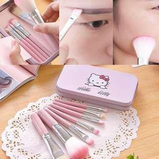 Hello Kitty 7 in 1 brush Set
