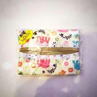 Naraya Tissue Pouch