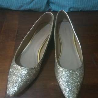 Sepatu flat urban n co
