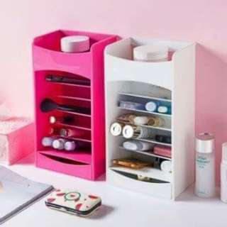 Lipstick storage tower nail polish holder