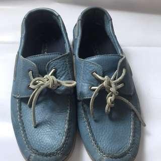Preloved sepatu casual rockport