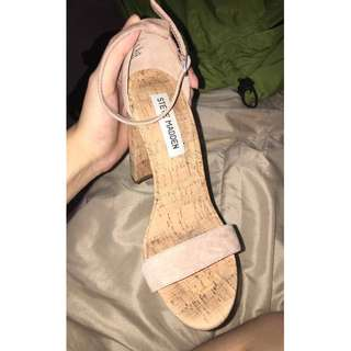 STEVE MADDEN nude strappy heels