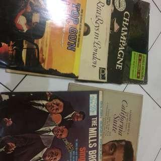 Piringan Hitam/Vinyl macam-macam