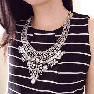 Kalung Zara silver