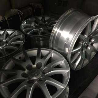 R17 Montero Mags with tire (6holes low profile tires)