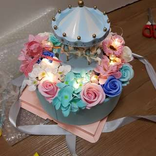 Valentine Flower Bouquet, merry go round music box!!! Valentine's Day Flower!!!