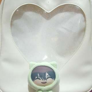 Heart-shaped window Ita Bag (White)