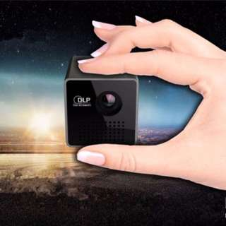 UNIC P1+ WIFI Wireless Mobile Projector Mini Handheld Home Theatre Portable Projector