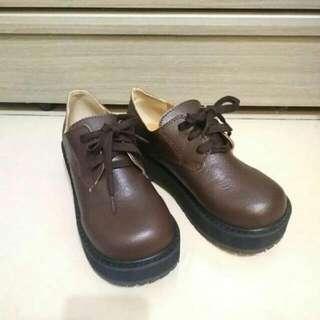 褐色復古圓頭鞋 咖啡色棕色土色 馬汀丁感