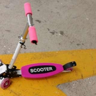 兒童滑板車 Skateboard