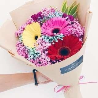 6s Gerbera daisy bouquet