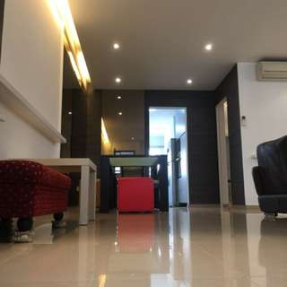 Beautiful 4 room flat for Rent