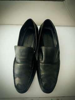 Sepatu formal kerja Hush Puppies original