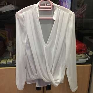 white top h&m