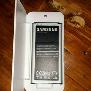 Samsung Galaxy S5 battery charger and replacement battery