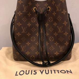 Authentic Louis Vuitton neo noe black