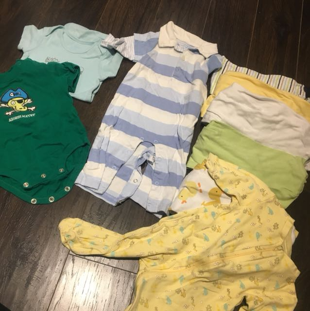 6-9m 9 outfits 6 onesies one outfit and 2 diaper shirts