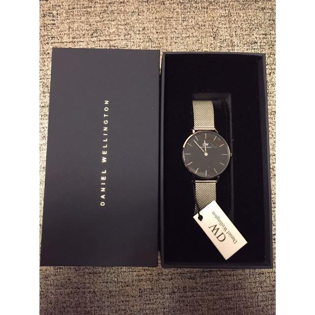 全新 Daniel Wellington 銀色金屬錶帶手錶