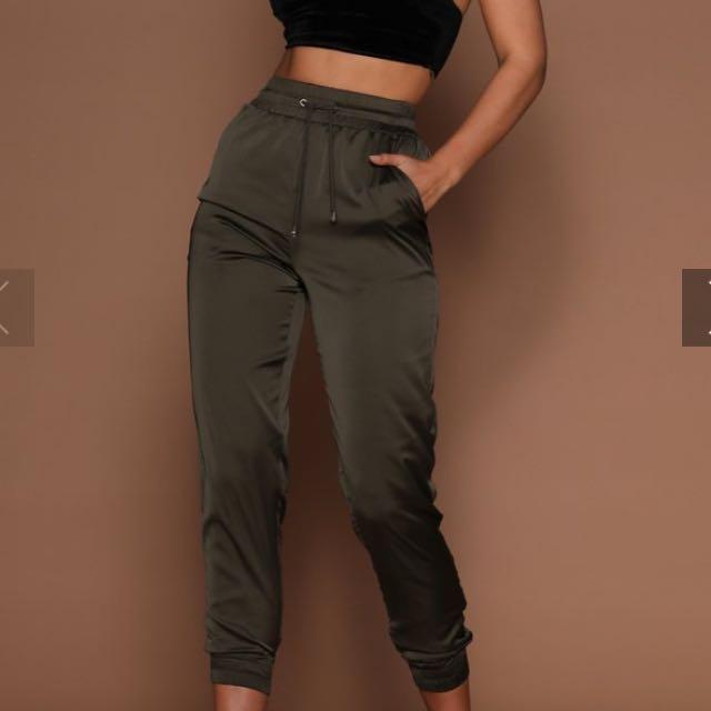 Agatha Meshki Khaki Satin Joggers Pants Size M