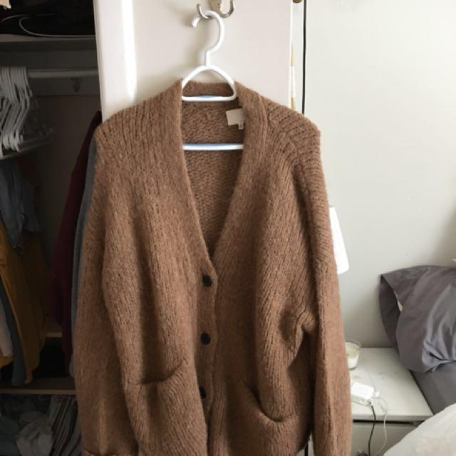 Aritzia Sweater - LOWER PRICE
