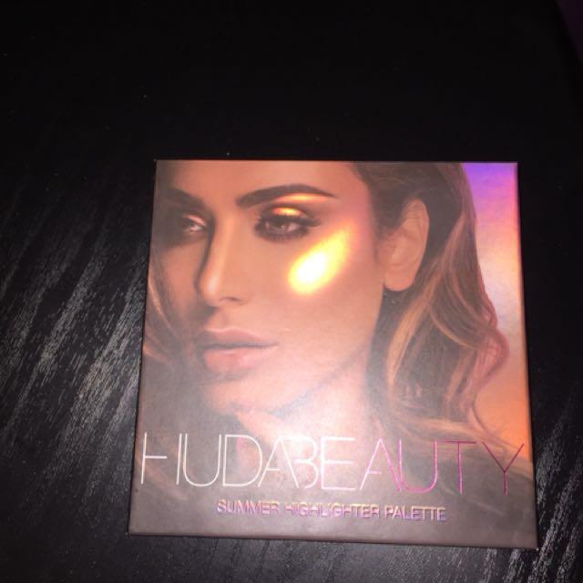 Authentic Huda Summer highlight pallet