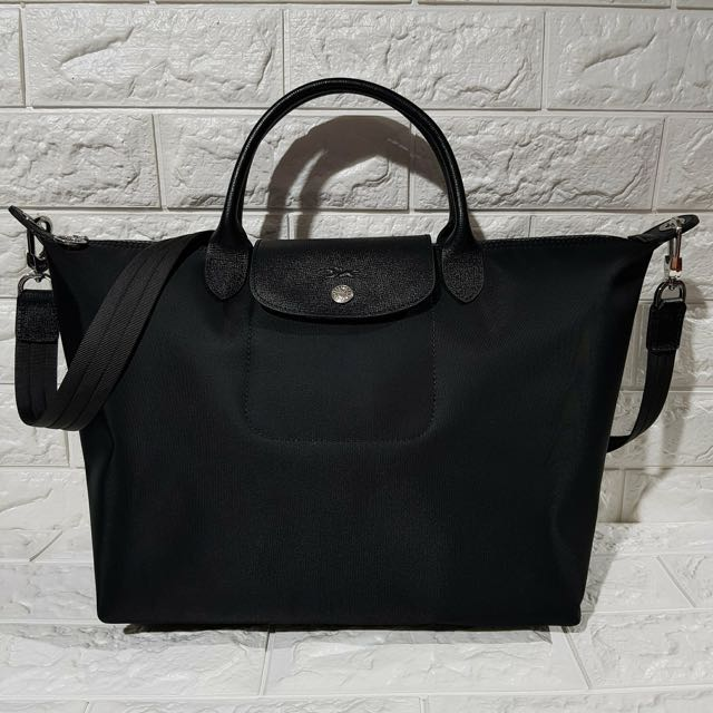 Authentic Longchamp Black Medium With Complete Inclusion Last Price Already Women S Fashion Bags Wallets On Carou