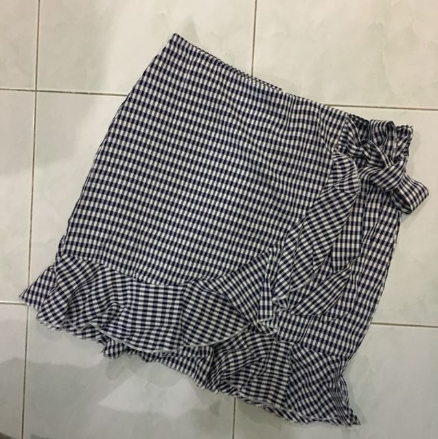 BRAND NEW skirt pants