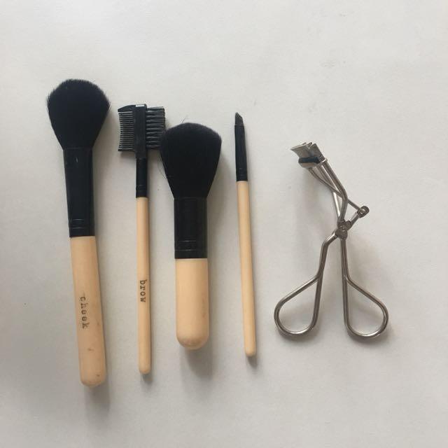 Brushes + Eyelash Curler