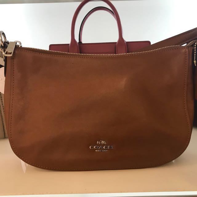 COACH Handbag / Sling Bag Handbag