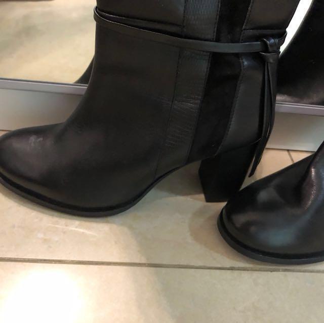 Cosmoparis boot 38