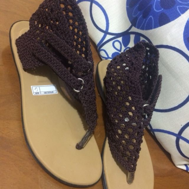 Cute sandals(knitted)