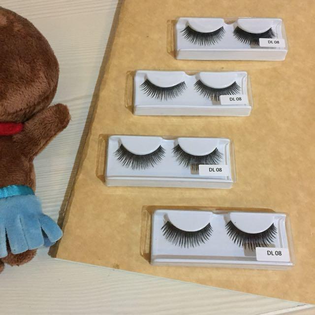 DL 08 - Bulu mata palsu / Fake Eyelashes