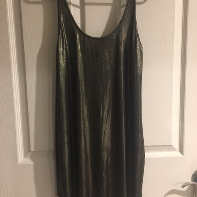FOREVER21 Sleeveless Dress (New with tag)