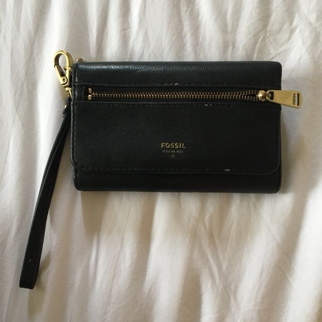 Fossil Wallet with phone slot