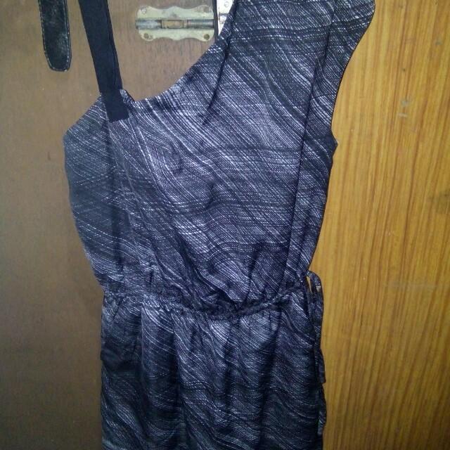 SALE! Gap B&W dress