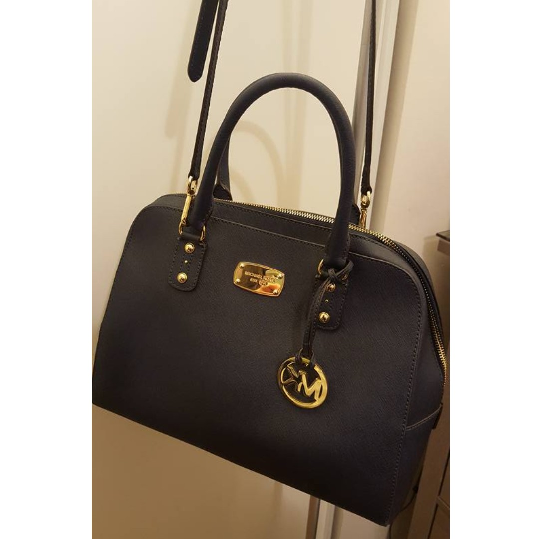 Gently Used Michael Kors Navy Saffiano Large