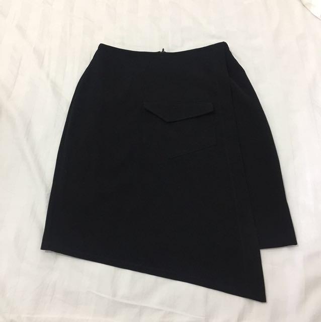Hardware asymmetric pocket skirt by Michelle ziudith