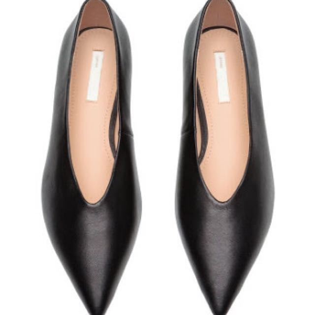 H&M Leather Flats (Size 6)