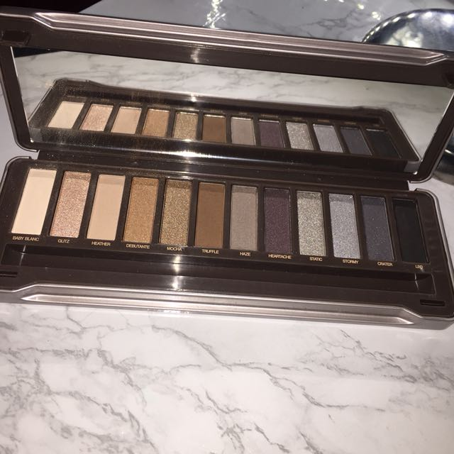 Icon by absolute new york eyeshadow palette
