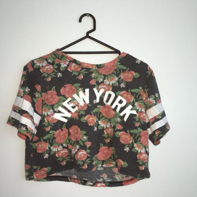 Jayjays new york floral shirt size small